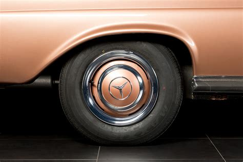 Classic Oldtimer Cars Auto Kautschuk-klassik