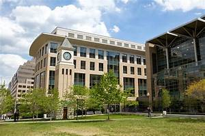 10 Law Schools With The Most Full