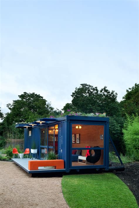 container guest house  poteet architects homedezen