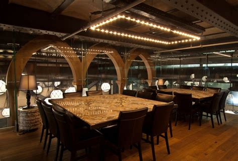 seafood restaurant  elements  arab architecture