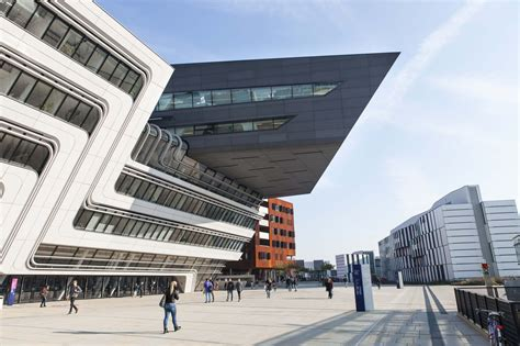 Learning And Library Center Der Wirtschaftsuniversitaet Wien by Zaha Hadid Architects Library And Learning Centre Vienna