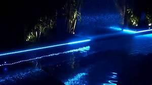 Swimming pool perimeter strip lighting youtube for Eclairage bord de piscine