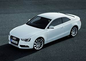 Audi A5 Coupé : audi reveals facelifted a5 sportback coupe and cabriolet autoevolution ~ Medecine-chirurgie-esthetiques.com Avis de Voitures