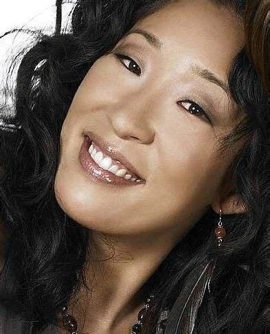 sandra oh on grey s anatomy sandra oh gotta love cristina on grey s entertainers
