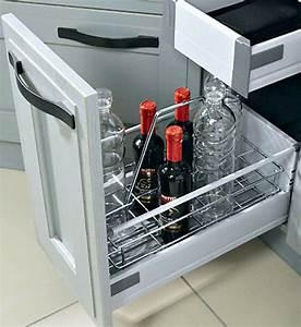 Meuble Range Bouteille : meuble range bouteilles archives le blog sagne cuisines ~ Teatrodelosmanantiales.com Idées de Décoration