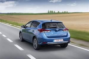 Essai Toyota Auris Hybride 2017 : toyota auris hybrid 39 2015 pr ~ Gottalentnigeria.com Avis de Voitures