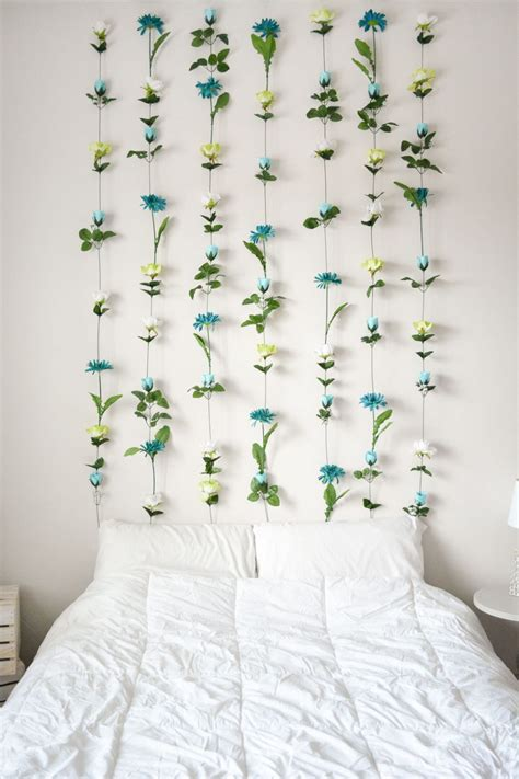 Diy Wall Decor Ideas For Bedroom by Diy Flower Wall Headboard Home Decor Sweet Teal