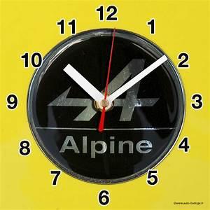 Alpine Renault En Horloge Murale Sur Carosserie Jaune