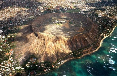 The Volcanic Landmarks Of Oahu Hawaii Part 1 Diamond