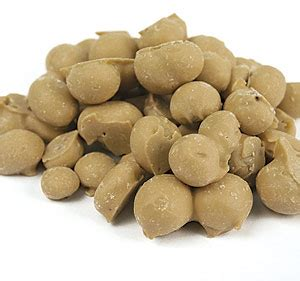 maple nuts candy