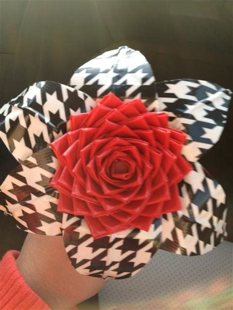 easy duct tape flowers  duct tape crafts