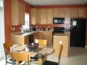 paint color ideas for kitchen with oak cabinets best kitchen paint colors with oak cabinets my kitchen