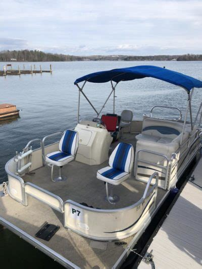 Smith Mountain Lake Fishing Boat Rentals by Sml Boat Rentals Smith Mountain Lake Boat Rentals