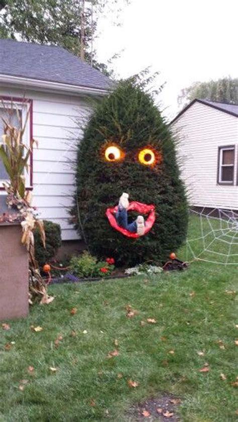 top  creepy ideas  decorate outdoor trees  halloween amazing diy interior home design