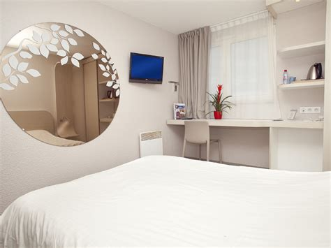chambre kyriad hôtel kyriad deauville arnoult