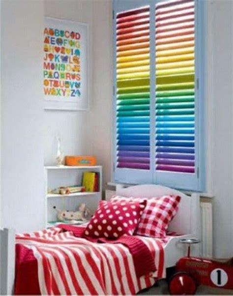 Kinderzimmer Gestalten Regenbogen by Verdunkelungsrollo Kinderzimmer Bunte Muster Und Ideen