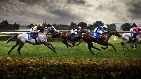 Horse Racing Commentator Voice | Darren Altman