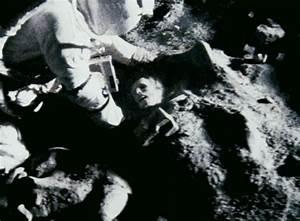 Dead Astronauts Bodies - Pics about space
