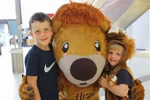 Hospi loves visiting Wellington Regional Children's ...