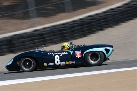 Lola T70 Spyder - Chassis: SL70/10 - Driver: Bryon Defoor ...