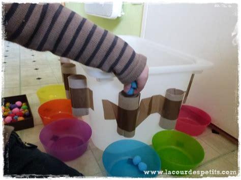 jeux de toilette un jeu en rouleaux de papier toilette la cour des petits