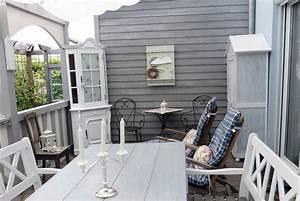 Gartenhaus Farbig Gestalten : terrasse gestalten die shabby chic terrasse als veranda ~ Orissabook.com Haus und Dekorationen