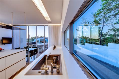 Jun 19, 2021 · inside pics of shilpa shetty and raj kundra's sea facing abode are perfect blend of tradition & modern. Modern Luxury Villas Designed By Gal Marom Architects ...