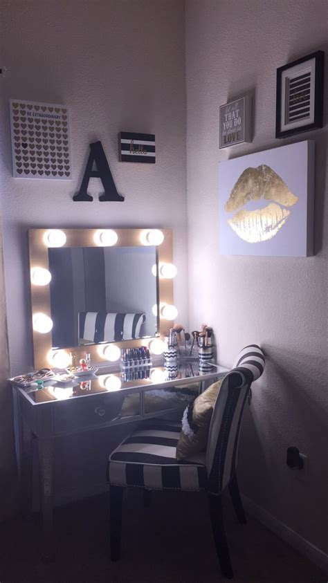 vanity table set with lights vanity bedroom set with lights sets for makeup table and