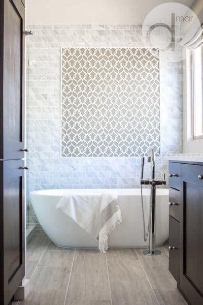 Modern Farmhouse Style Bathrooms   Rustic Shabby