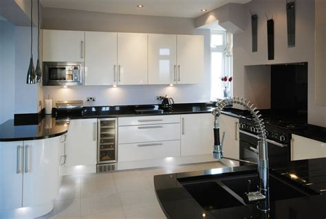 kitchen with white cabinets and black countertops white cabinets black countertops cheap kitchen designs