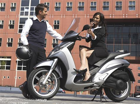 Peugeot Scooters Usa by Peugeot E Vivacity Electric Scooter Photos Motorcycle Usa