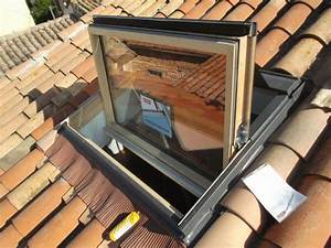 Store Velux 114x118 : pose et r paration de fenetre de toit velux attila ~ Edinachiropracticcenter.com Idées de Décoration
