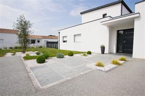 agr 233 able decoration facade exterieur maison 4 dallage entr233e moderne terrasse et patio