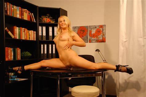 Sexy Naked Secretary In Heels May Voyeur Web