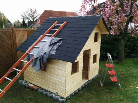 gartenhaus dachpappe schindeln verlegen dachpappe nageln anleitung gartenhaus dachpappe verlegen