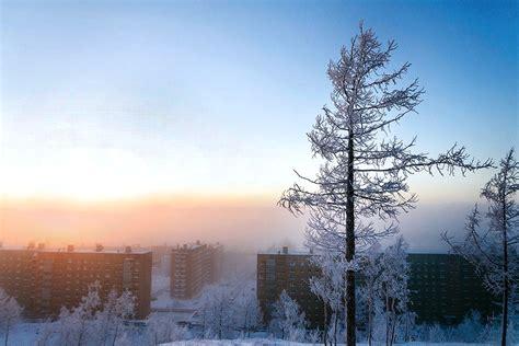 00 norilsk in winter russian far north 03 27 01 14
