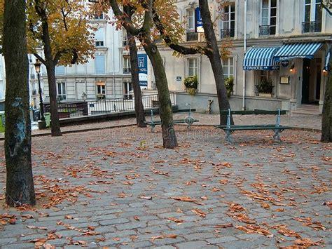 paris square montmartre editorial stock image image