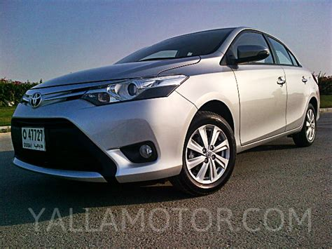 toyota yaris sedan   se  uae  car prices