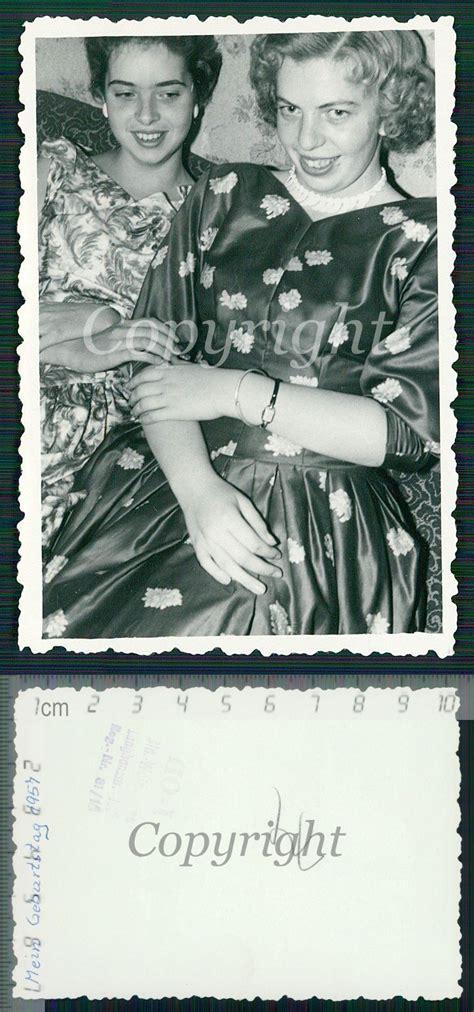 Pretty Curly Hair Girls Hugging Lesbian Int Photo 1957 Ebay