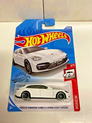 This is obviously a feature on the new hot wheels panamera, and we are lucky to have a few thoughts from the hot wheels designer who until the sport turismo. 2020 Hot Wheels Porsche 4/5 Porsche Panamera Turbo S E-Hybrid Sport Turismo NIP | eBay