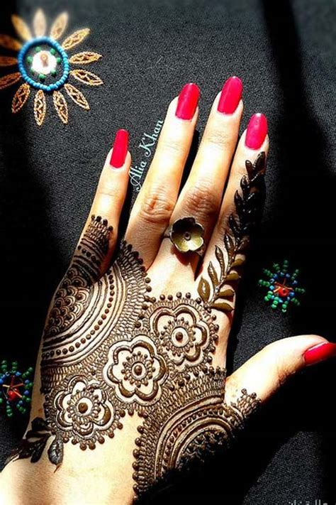 beautiful henna design  modren villa