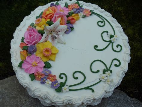 cakes decorated with flowers wilton class display for flowers and cake design cake