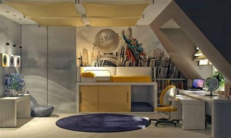 Kinderzimmer Dachschräge Gestalten by Kinderzimmer Dachschr 228 Ge Einrichten Superman Grau Gelb