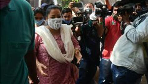 Comedian Bharti Singh Arrested By NCB, Husband Being ...