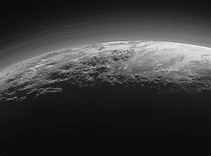 NASA Confirms New Horizons Is Hurtling Towards Some Barren ...