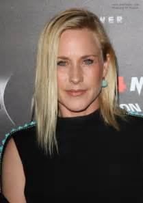 patricia arquette  long straightened hair tucked