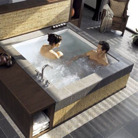 Jetted Bathtubs For Two by 17 Best Ideas About Bathtub With Jets On