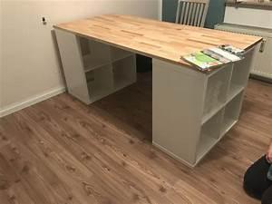 Ikea Schreibtisch Kallax : n h bzw schreibtisch 2x kallax 2x2 und eine massivholzatte in 2019 kallax schreibtisch ~ A.2002-acura-tl-radio.info Haus und Dekorationen