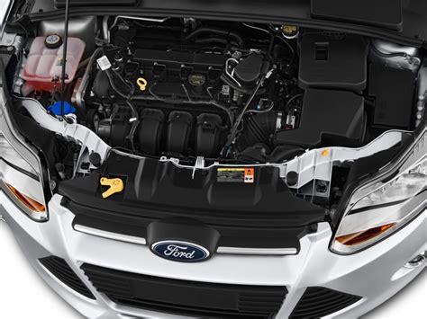 image  ford focus  door sedan se engine size