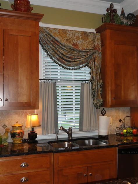 kitchen curtains and valances ideas kitchen curtains